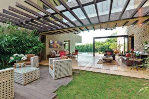 sumptuous , mansion, condominium, residence , woodwork, excursion, antique