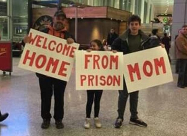 airport, pickup, internet , viral , social media.