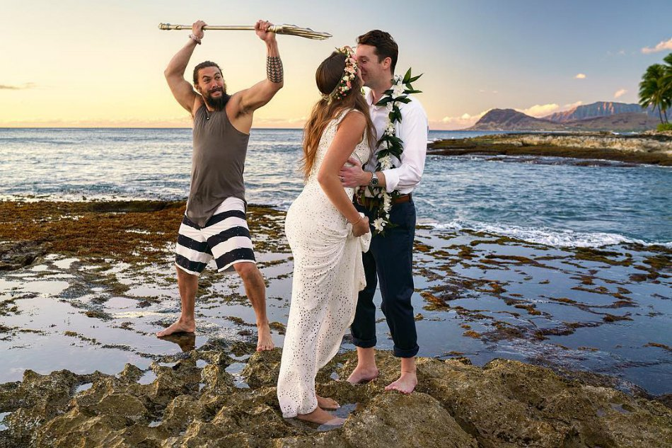 Jason Momoa, Crashes , Couple's Wedding Photos, photoshoot