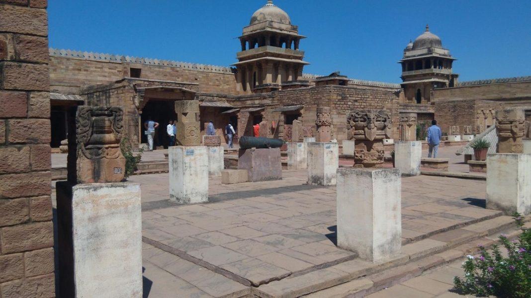 Hisar, India, Gujari mahal, Feroz shah, place, Tahakhanas, haryana,
