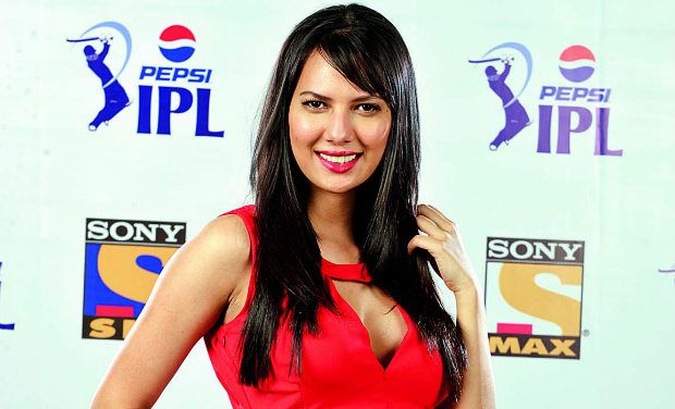 Most Glamorous And Beautiful Female Anchors , IPL, Cricket , players, administrators, commentators,
