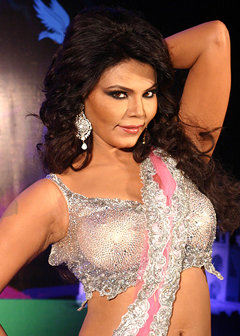 Rakhi Sawant, Controversial statements, Rakhi Sawant and Deepak Kalal, Rakhi Sawant Age, Rakhi Sawant with husband